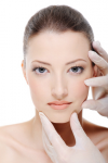 Botox und Hyaluronsäure: Faltenbekämpfung unter ärztlichem Vorbehalt