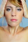 Lifting ohne Skalpell und Spritze? Wirkaussagen zu Kosmetika müssen wissenschaftlich belegt sein