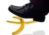 Verkehrssicherungspflicht: Baumarktbetreiber müssen die Fußböden ihrer Geschäftsräume regelmäßig kontrollieren