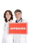Werbung für Mediziner: Der Arzt und sein Abbild – zur bildlichen Darstellung auf der Homepage und in den Medien